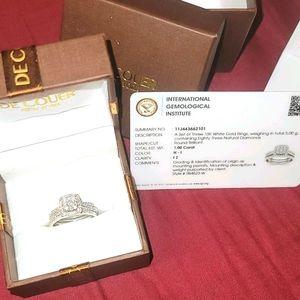 IGI Certified 10K White Gold 1ct Bridal Set